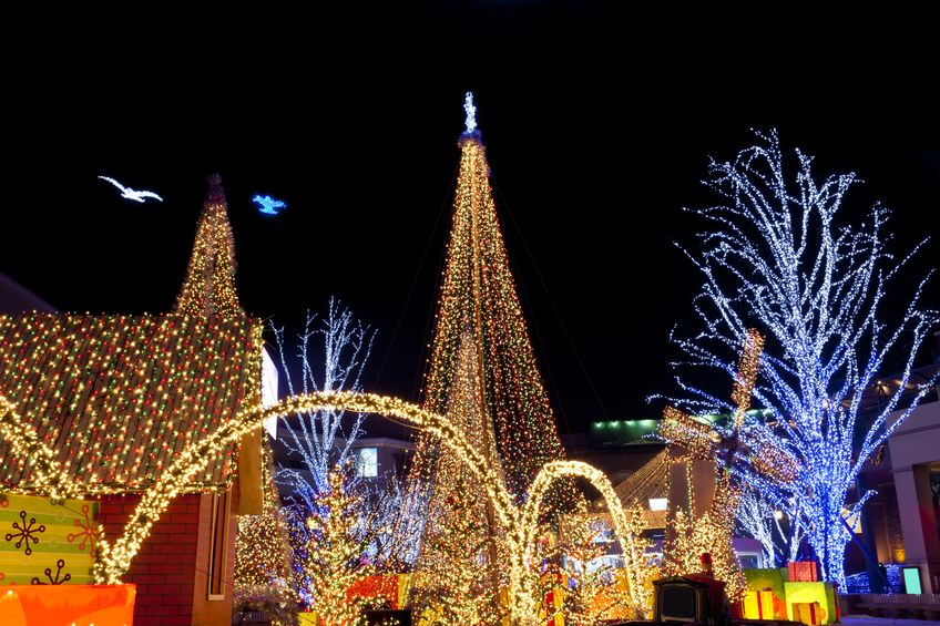 Christmas Lighting Safety Tips